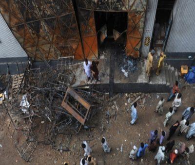 incendio della fabbrica a Karachi